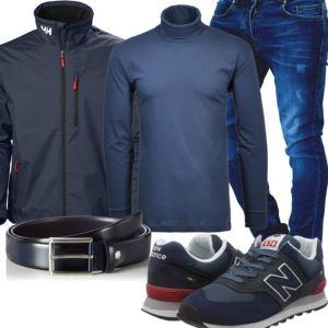 Dunkelblaues Herrenoutfit mit New Balance Sneakern