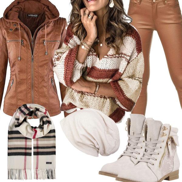 Beige-Braunes Damenoutfit mit Lederjacke und XXL-Pullover