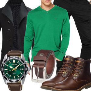 Braun-Grünes Herrenoutfit mit Mantel und Chino