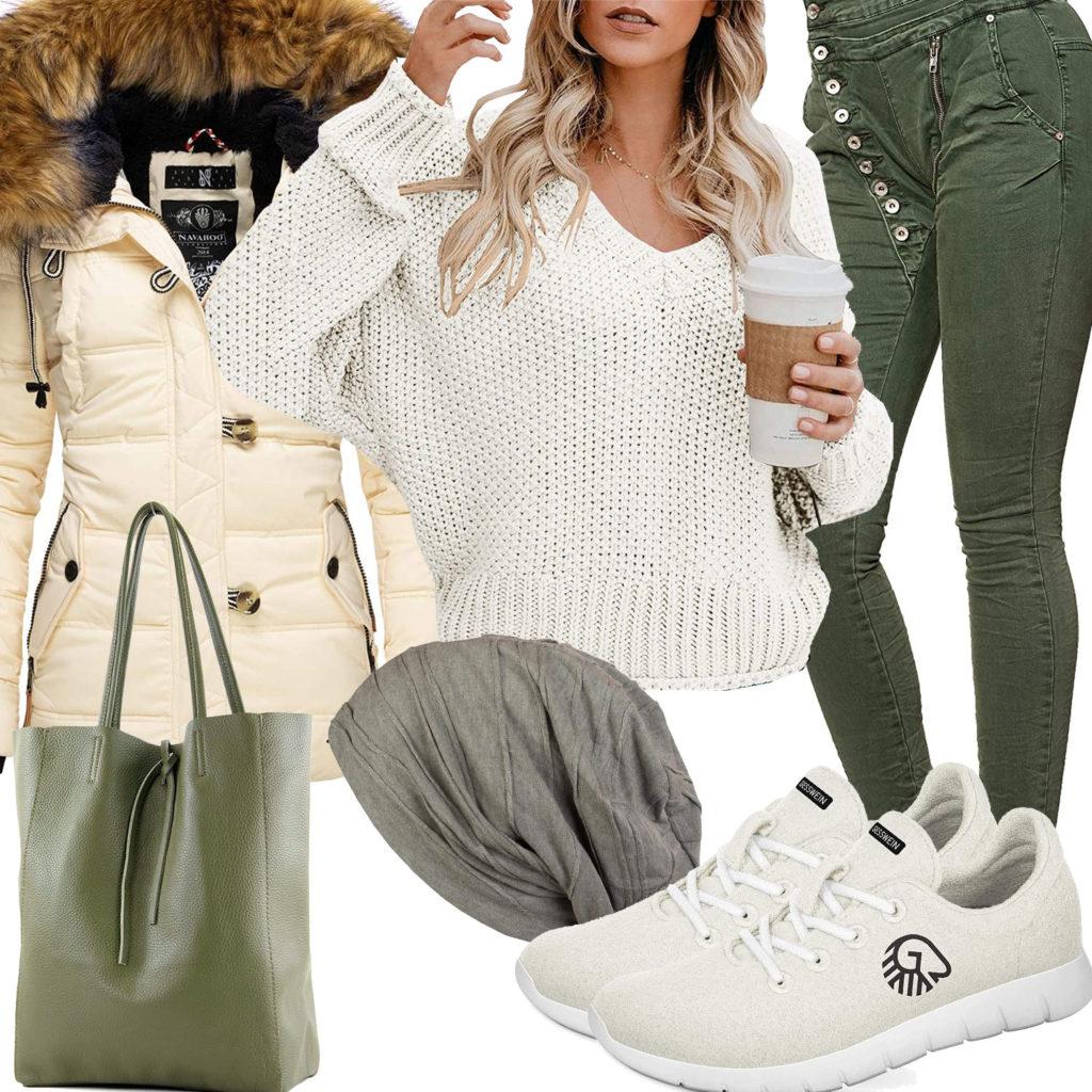 Grün-Beiges Frauenoutfit mit Pullover und Winterjacke