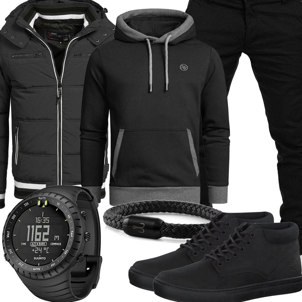 Schwarzes Herrenoutfit mit Hoodie, Steppjacke und Uhr