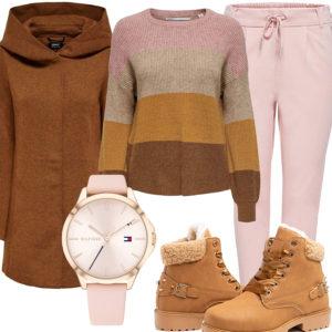 Braun-Rosa Damenoutfit mit Pullover, Wollmantel und Uhr