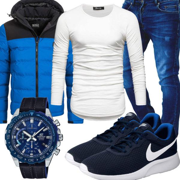 Blaues Herrenoutfit mit Jeans, Nikes und Casio Uhr