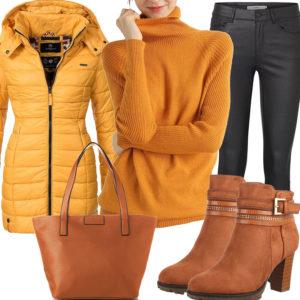 Gelb-Braunes Damenoutfit mit Steppjacke und Pullover