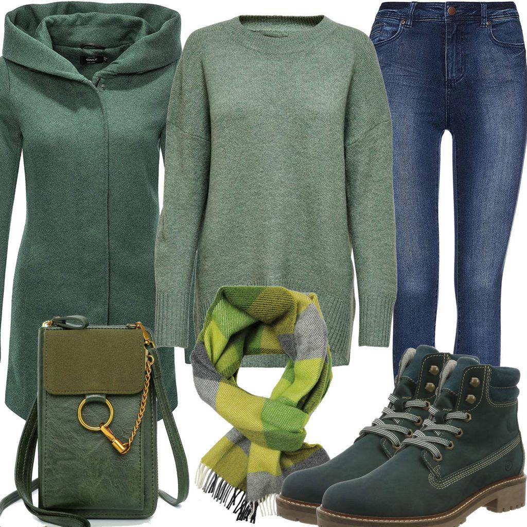 Grünes Herrenoutfit mit Wollmantel, Pullover und Schal