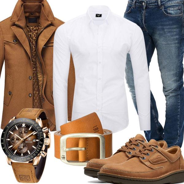 Business-Style mit Hemd, Jeans und Mantel