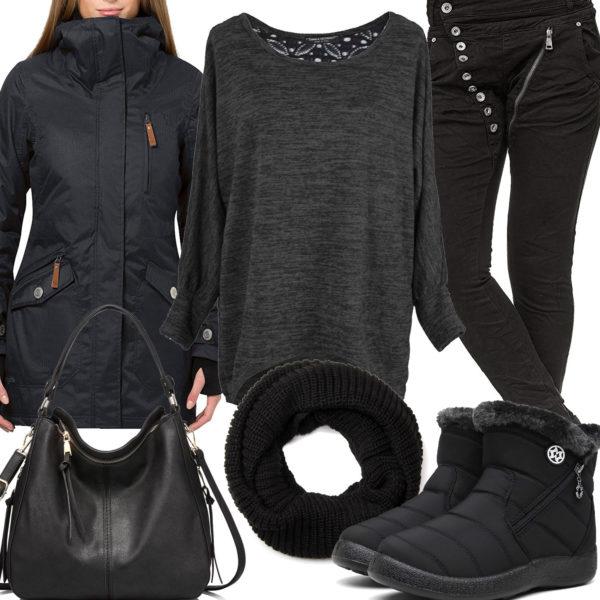 Schwarzes Winter-Frauenoutfit mit Pullover, Schal und Stiefeln