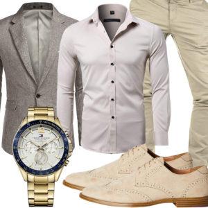 Beiger Business-Style mit Hemd, Sakko und Chino
