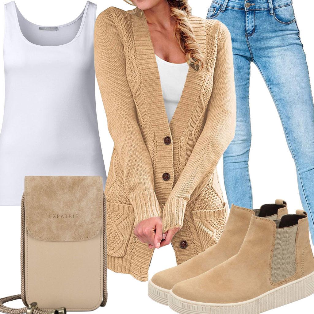 Frauen-Style mit beiger Strickjacke, Schuhen und Tasche