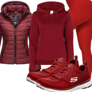 Bordeaux-Rotes Frauenoutfit mit Leggings und Sneakern