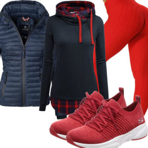 Sportliches Frauenoutfit in Dunkelblau und Rot