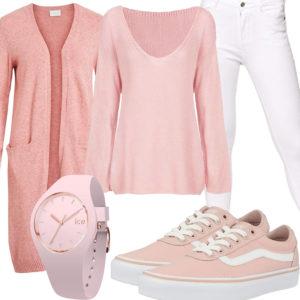 Rosa Damenoutfit mit Strickjacke, Pullover und Uhr
