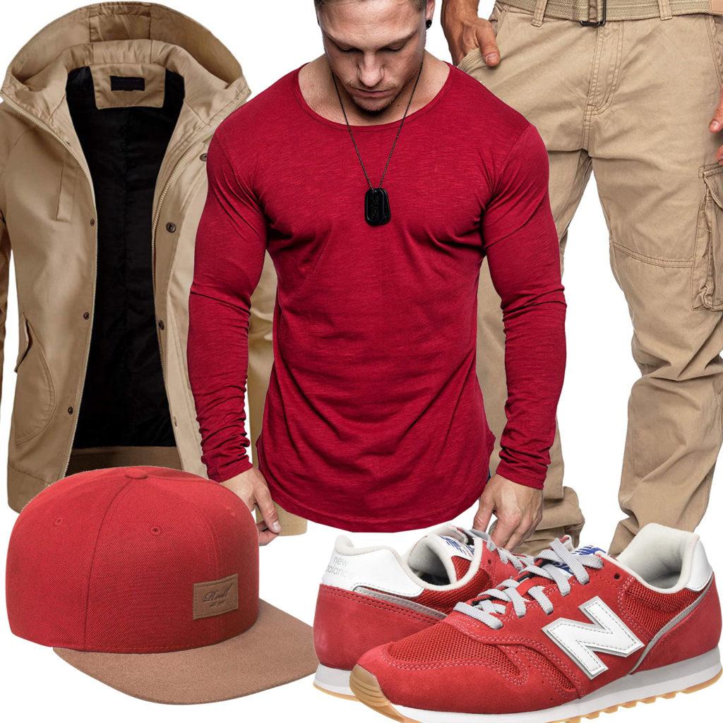 Beige-Rotes Herrenoutfit mit Cap und Sneakern
