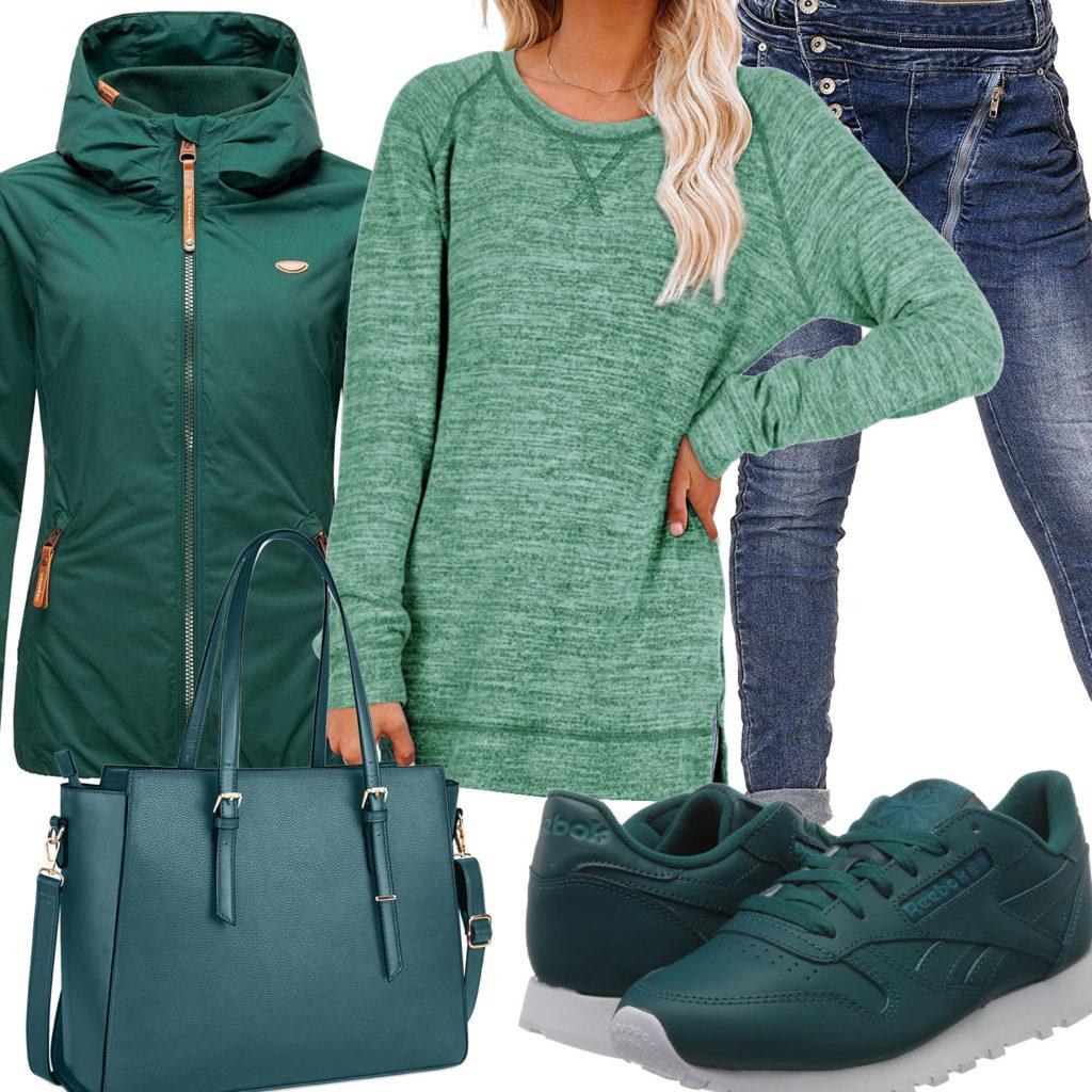 Grün-Türkises Frauenoutfit mit Tasche und Reeboks