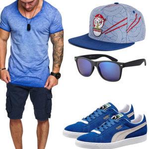 Blaues Herrenoutfit mit Shirt, Shorts und Cap