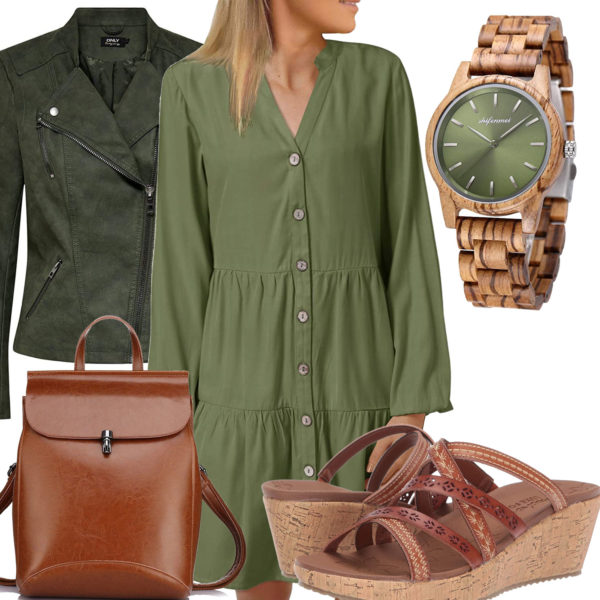 Frauenoutfit mit grünem Kleid und Lederjacke