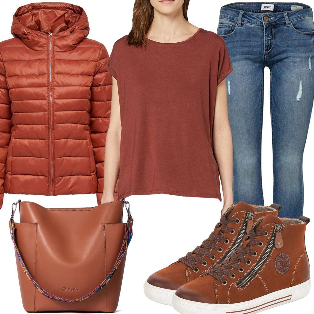 Hellbraunes Damenoutfit mit Steppjacke und Tasche