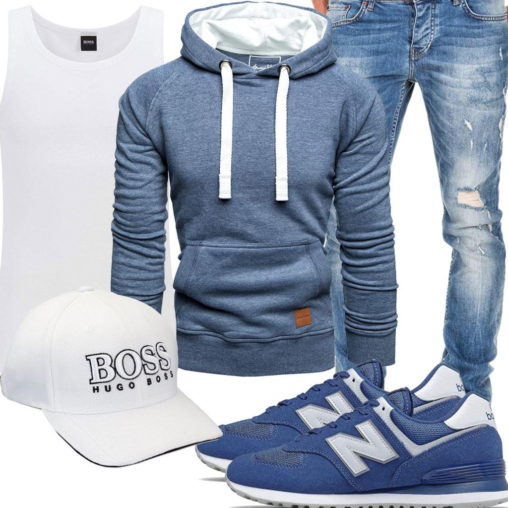 Blau-Weißer Herren-Style mit Cap und Sneakern