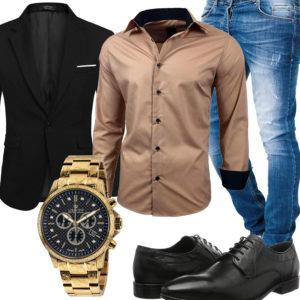Herren-Style mit beigem Hemd, Sakko und Uhr