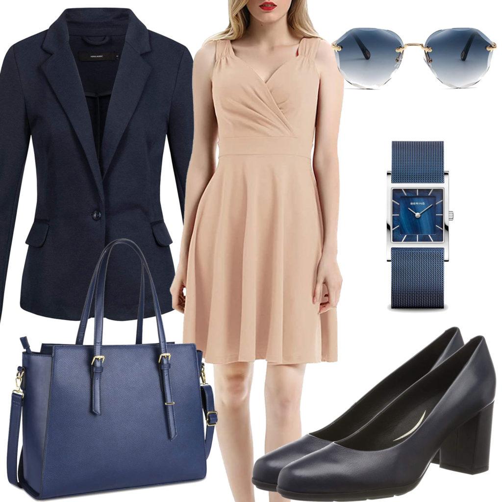 Elegantes Business-Damenoutfit mit Blazer und Uhr