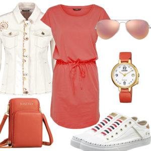 Weiß-Rotes Frauenoutfit mit Kleid und Jeansjacke