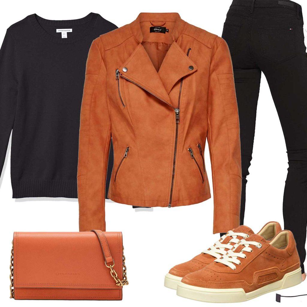 Damenoutfit mit hellbrauner Lederjacke und Sneakern
