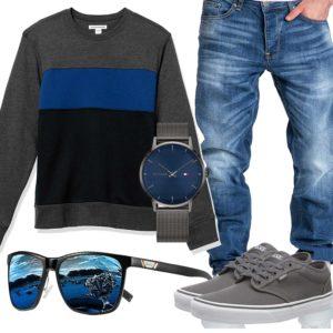 Grau-Blaues Herrenoutfit mit Jeans und Brille